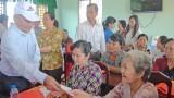 Đoàn cán bộ quận 7 và cánh Tây Nam Sài Gòn về thăm xã Phước Vĩnh Đông