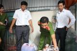 Tiêu hủy 120 kg nước sa tế heo