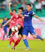 Vòng 2 V-League: Long An chia điểm trong nước mắt