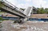 Thông tin mới nhất về vụ sập cầu làm 5 người bị thương ở Cà Mau