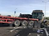 Bảy xe ôtô gây tai nạn giao thông liên hoàn trên cầu Thanh Trì