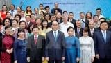 Chủ tịch nước gặp gỡ các đại biểu kiều bào về nước đón Tết