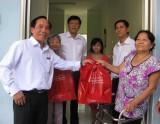 Agribank chi nhánh Long An trao quà tại Trung tâm Bảo trợ xã hội tỉnh