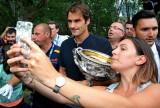 Federer trở lại tốp 10 thế giới