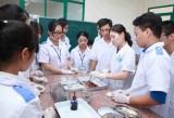 Nhiều giải pháp nâng cao chất lượng nguồn nhân lực ngành y tế