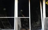 Nhà 4 tầng cháy dữ dội ở TP.HCM, 5 người mắc kẹt