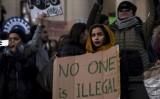 Chính quyền Trump giữ lập trường trong vấn đề người tị nạn và tội phạm
