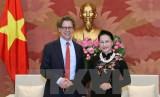 Chủ tịch Quốc hội tiếp Đại sứ Thụy Điển và Đại sứ Hungary