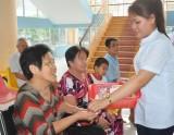 Nét đẹp của những thầy thuốc Trung tâm Bảo trợ xã hội tỉnh