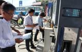 Các doanh nghiệp đồng thuận cao việc dán tem niêm phong cột bơm xăng, dầu
