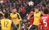 Arsenal - Bayern: Trận cầu thủ tục