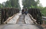 Chỉ 30km đường nhưng có 11 cây cầu cần thay thế