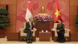 Chủ tịch Quốc hội hội kiến Thủ tướng Singapore Lý Hiển Long