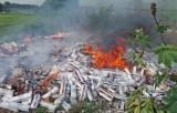 Tân Thạnh: Tiêu hủy hơn 86 ngàn gói thuốc lá lậu