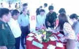 Hội Liên hiệp Phụ nữ xã Tuyên Bình tham gia bảo vệ đường biên, cột mốc