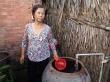 Đưa nước hợp vệ sinh về các xã vùng hạ