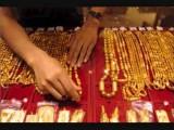 Giá vàng SJC đứng yên, giá vàng thế giới giảm