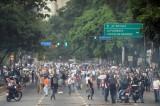 Phe đối lập Venezuela lại biểu tình gây bạo loạn, 3 người tử vong
