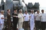 Tổng thống Philippines thăm tàu tuần dương trang bị tên lửa của Nga