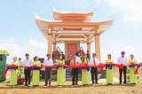 Long An hỗ trợ xây dựng Bia Truyền thống xã Thừa Đức