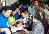 Bến Lức: Khám bệnh, phát thuốc miễn phí cho người nghèo và gia đình chính sách