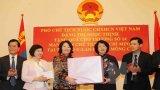 Phó Chủ tịch nước gặp gỡ những người Mông Cổ ủng hộ Việt Nam