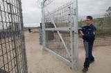 Ủy ban châu Âu đe dọa trừng phạt pháp lý Hungary và Ba Lan