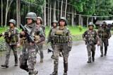 Philippinnes nã tên lửa vào các vị trí của phiến quân ở Marawi
