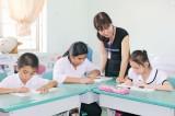 Giúp trẻ em khuyết tật tự vươn lên