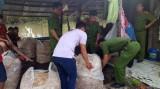Bắt quả tang vụ dùng hóa chất tẩy trắng 200kg bắp chuối