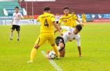 Lượt về Giải bóng đá hạng Nhì Quốc gia: Long An bị Cà Mau chia điểm trên sân nhà