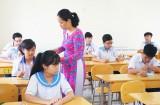 Thí sinh thi môn đầu tiên - môn Ngữ văn trong kỳ thi tuyển sinh lớp 10