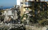 Sập nhà cao tầng ở Italia, 8 người mắc kẹt