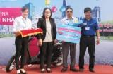 """Trung tâm Kinh doanh VNPT Long An trao thưởng Chương trình """"Chung vui Vina - Tri ân mọi nhà"""""""
