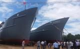 Hạ thủy tàu vỏ thép trang bị động cơ nhập từ Nhật và Mỹ