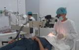 Đức Hòa: Hơn 110 người nghèo được mổ mắt miễn phí