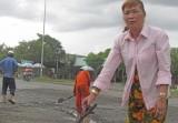 Đường bị ngập nước, gây tai nạn giao thông liên tiếp...!