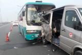 2 người chết trong vụ xe khách va chạm nhau trên cao tốc