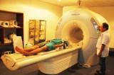 Giám sát việc bố trí, trang bị, khai thác trang thiết bị y tế, thuốc điều trị bệnh