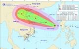 Bão số 10 tiến về giữa Biển Đông, ngày càng mạnh thêm