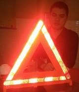 Tam giác phản quang góp phần an toàn cho các phương tiện giao thông cơ giới đường bộ