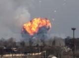 Sơ tán khẩn cấp hơn 28.000 người sau vụ nổ kho vũ khí tại Ukraine
