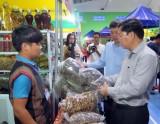 Phiên chợ Sâm Ngọc Linh lần đầu tiên được tổ chức tại Quảng Nam