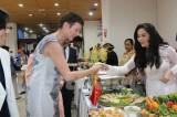Gian hàng Việt Nam thu hút đông du khách dự Hội chợ ẩm thực ASEAN