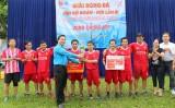 Bế mạc Giải Bóng đá cán bộ Đoàn – Hội lần 3: Cụm thi đua số 2 đoạt cúp Hòa Thành