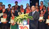 Thủ tướng mong nông dân giành thắng lợi từ mùa vụ đến hợp đồng