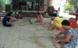 Phụ nữ Đức Hòa góp sức xây dựng nông thôn mới