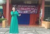 Đoàn văn nghệ thiện nguyện Tình ca Bắc Sơn biểu diễn trong học đường