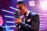 Ronaldo đoạt danh hiệu Cầu thủ xuất sắc nhất FIFA 2017