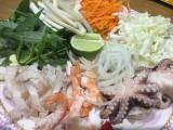 Gỏi hải sản ăn hoài không chán